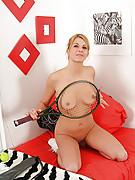 Holly 4 Photo 10