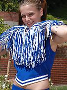 Holly 5 Photo 2