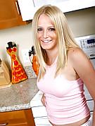 Jennifer 11 Photo 2