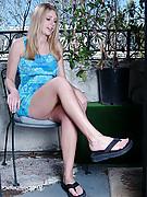 Nicole Photo 7