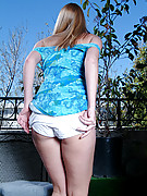 Nicole Photo 10