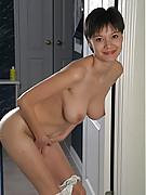 Suzanne Photo 9