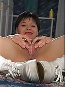 Suzanne Photo 13