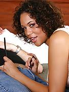 Courtney 2 Photo 1