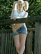 Laralee Photo 2