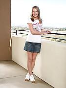 Maxine 2 Photo 1